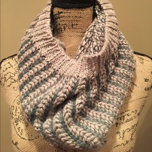 New Anthropologie Collection 18 Infinity Scarf